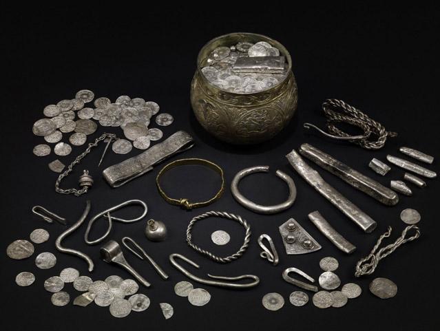 Silverdale-Hoard-9 silver viking hoard metal detecting