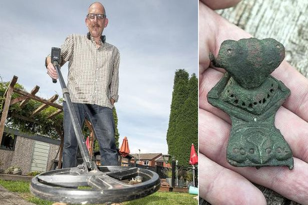 rare roman brooch detected with metal detector xp deus