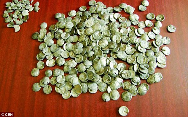 forged coins detected in romania