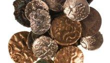iron Age , roman coins hoard
