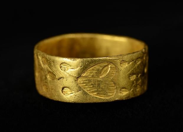 medieval gold ring metal detecting