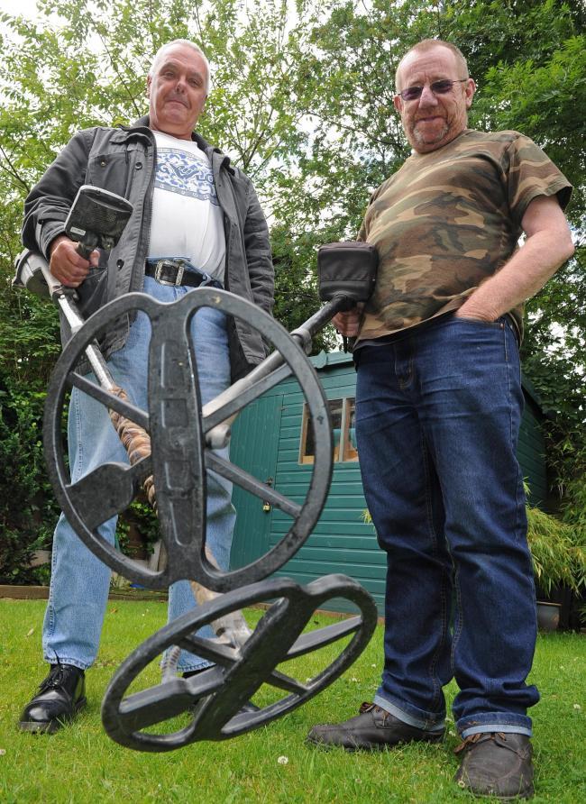 metal detectorists