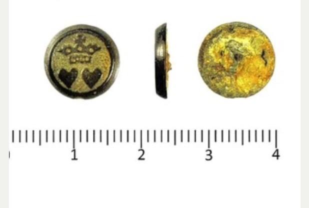 Treasure-cufflink-metal-detecting